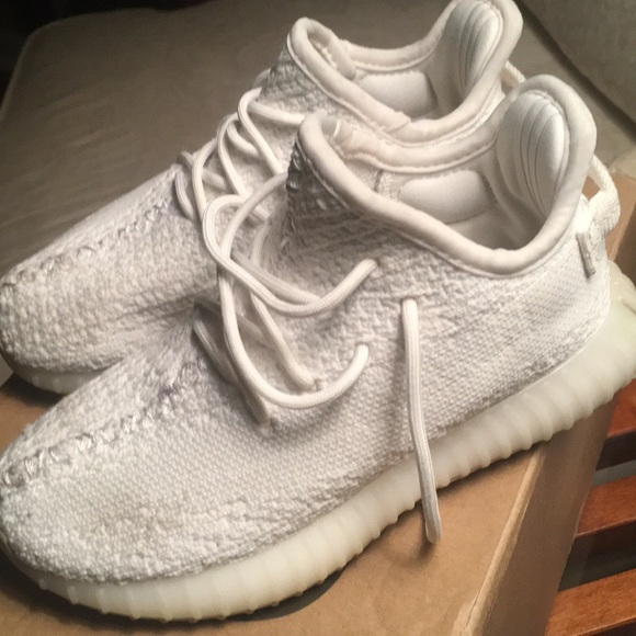 07308437915fd adidas Other - Kids Yeezy Boost 350 V2 Sneakers - Sz. 10K - Cream